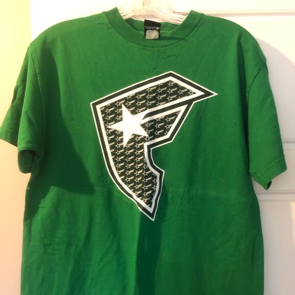 Famous Stars and Straps Mens T Shirt Sz L Kelly Green Graphic Tee Short Sleeve